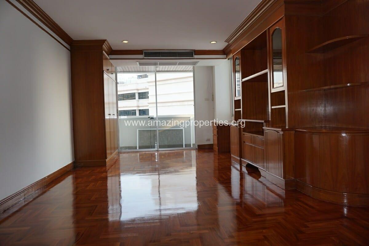 3+1 Bedroom Apartment Raj Mansion-19