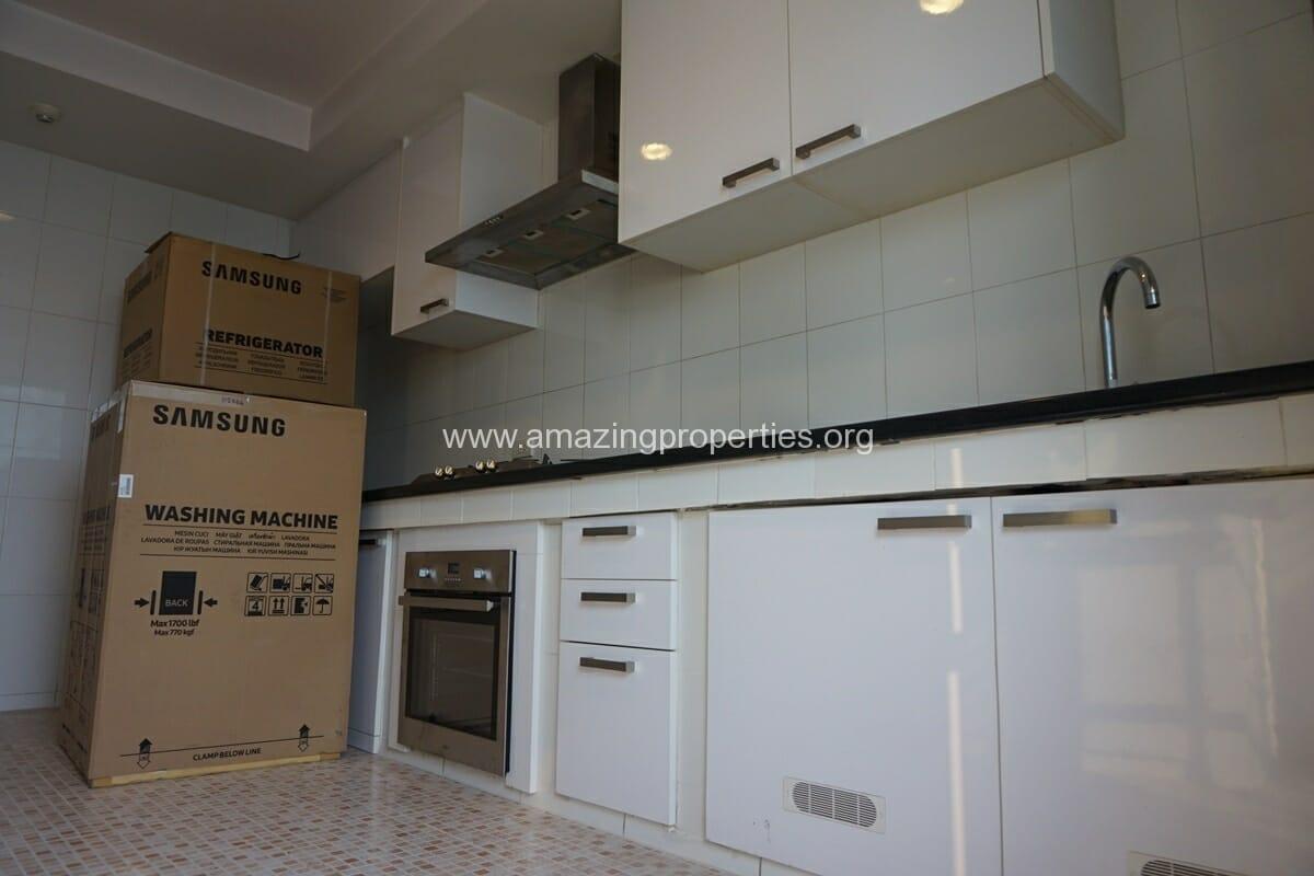 Cosmo Villa 3 Bedroom Apartment-1