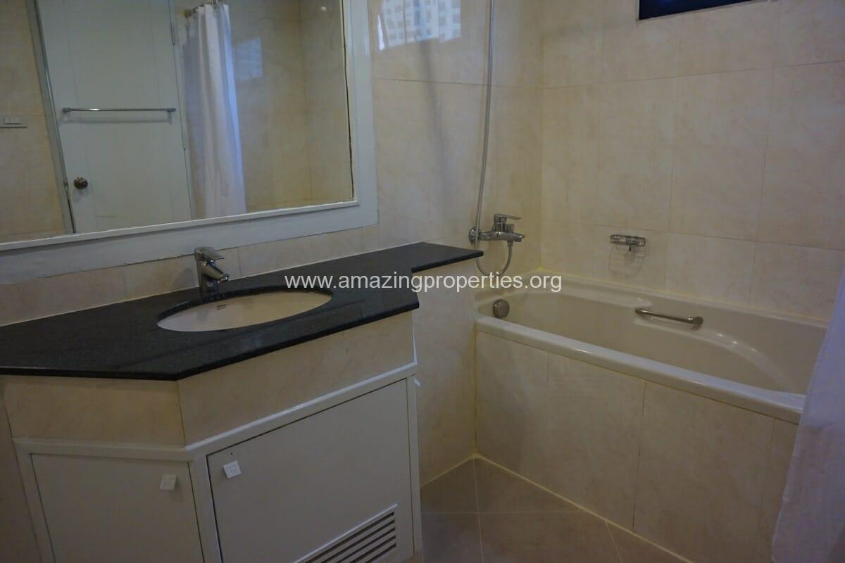 Cosmo Villa 3 Bedroom Apartment-20
