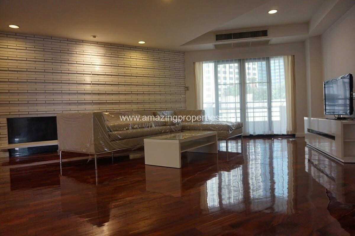 Cosmo Villa 3 Bedroom Apartment-5
