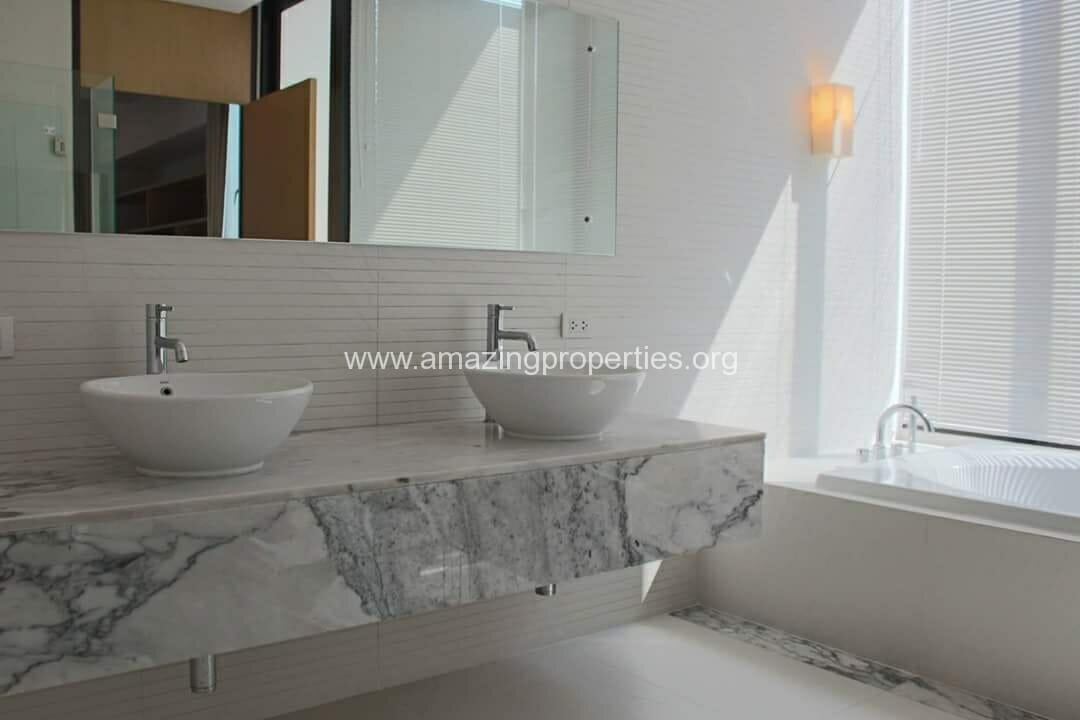 Ekkamai 3 Bedroom House-3