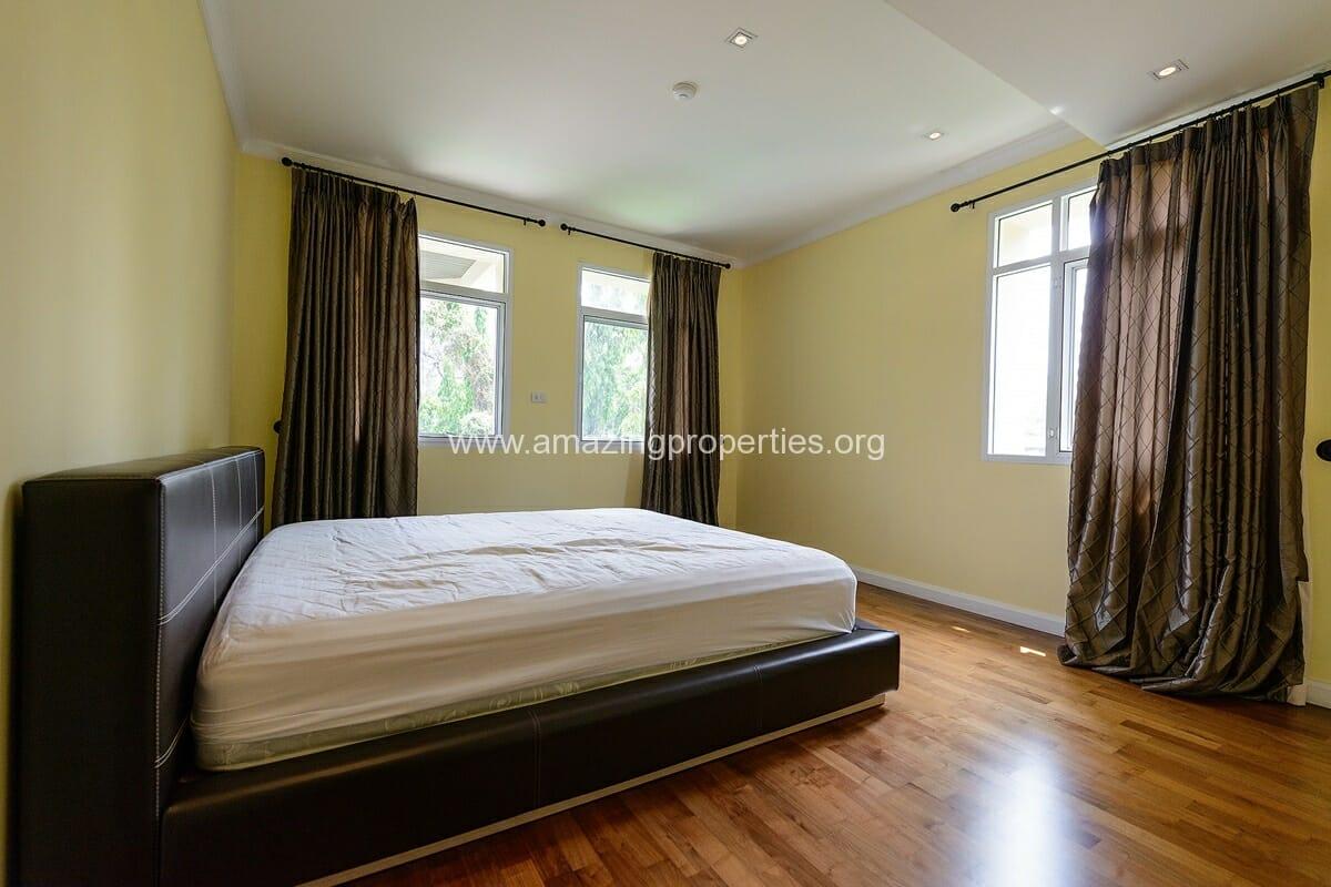 The Cadogan Residence 3 bedroom-9