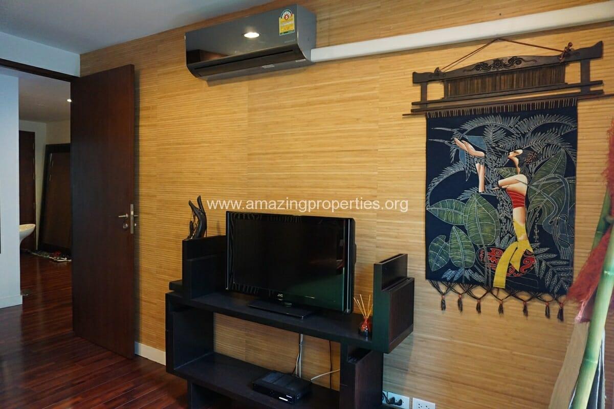 1 Bedroom Condo Baan Saraan for Sale-9