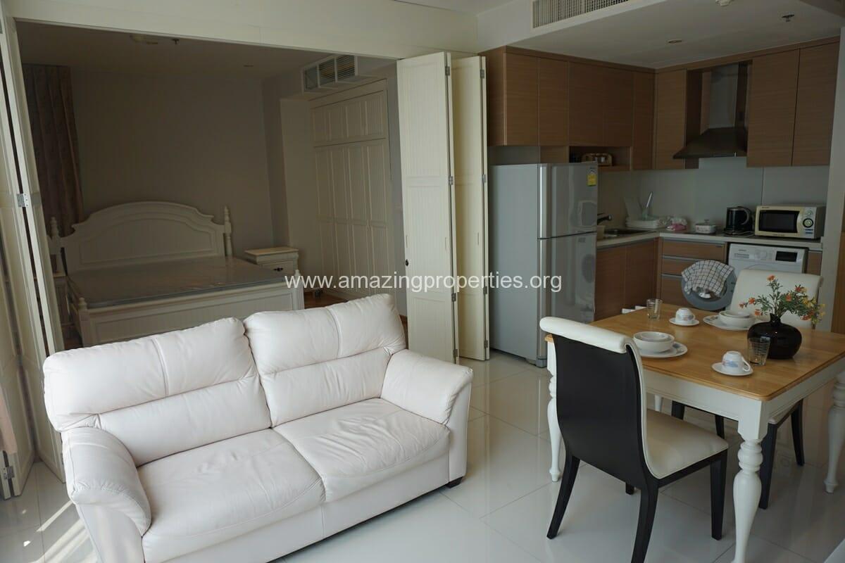 1 Bedroom condo Emporio Place-6