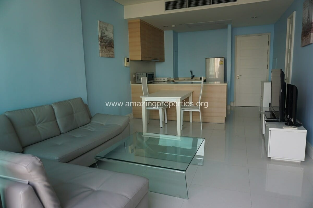 1 bedroom Condo Aguston Sukhumvit 22