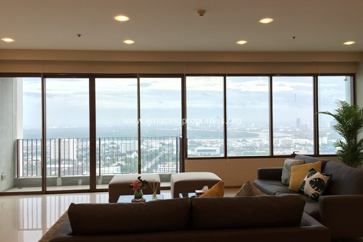 4 Bedroom Condo for Rent Emporio Place (1)