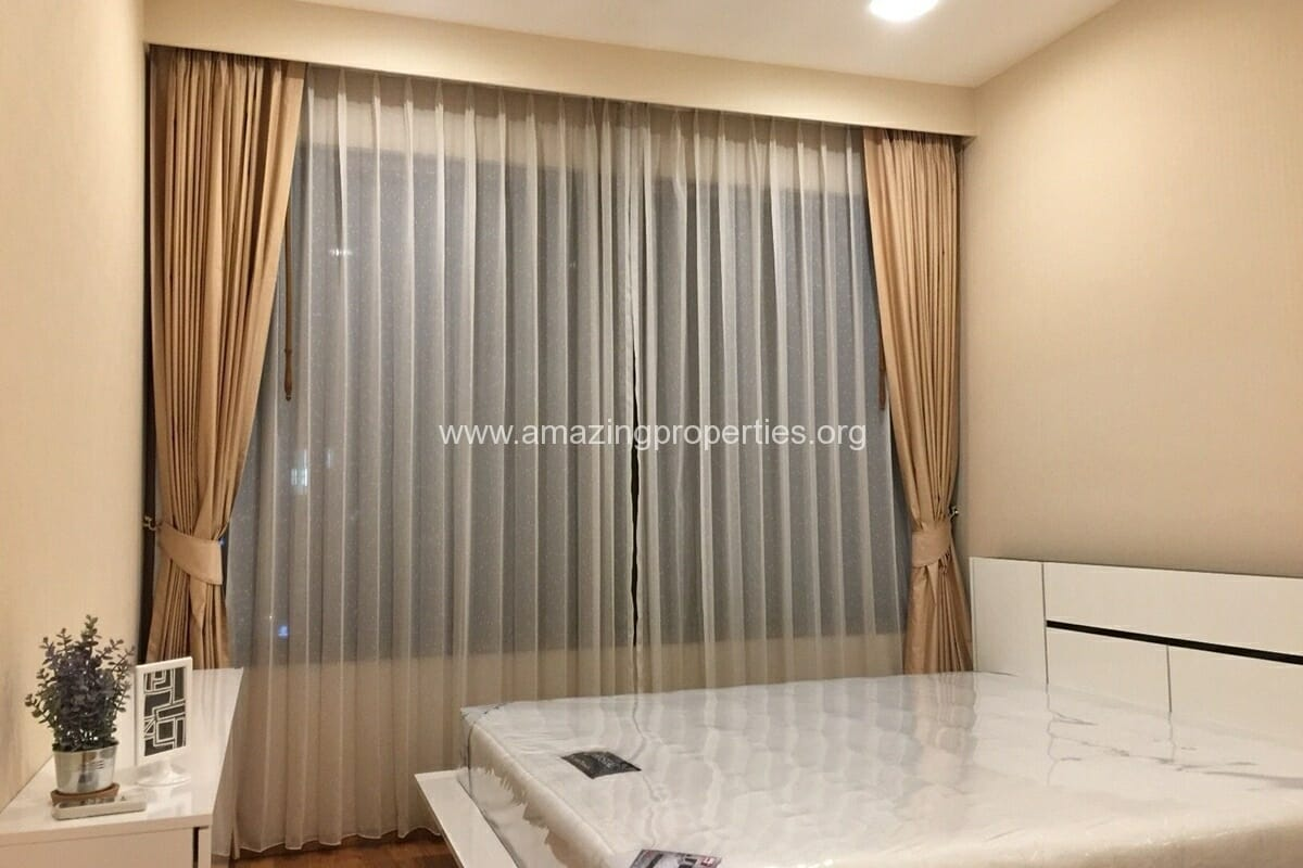 4 Bedroom Condo for Rent Emporio Place (18)