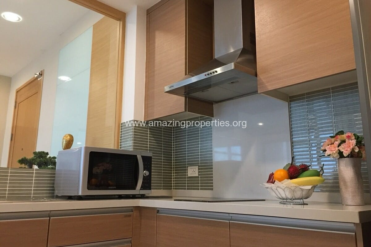 4 Bedroom Condo for Rent Emporio Place (25)
