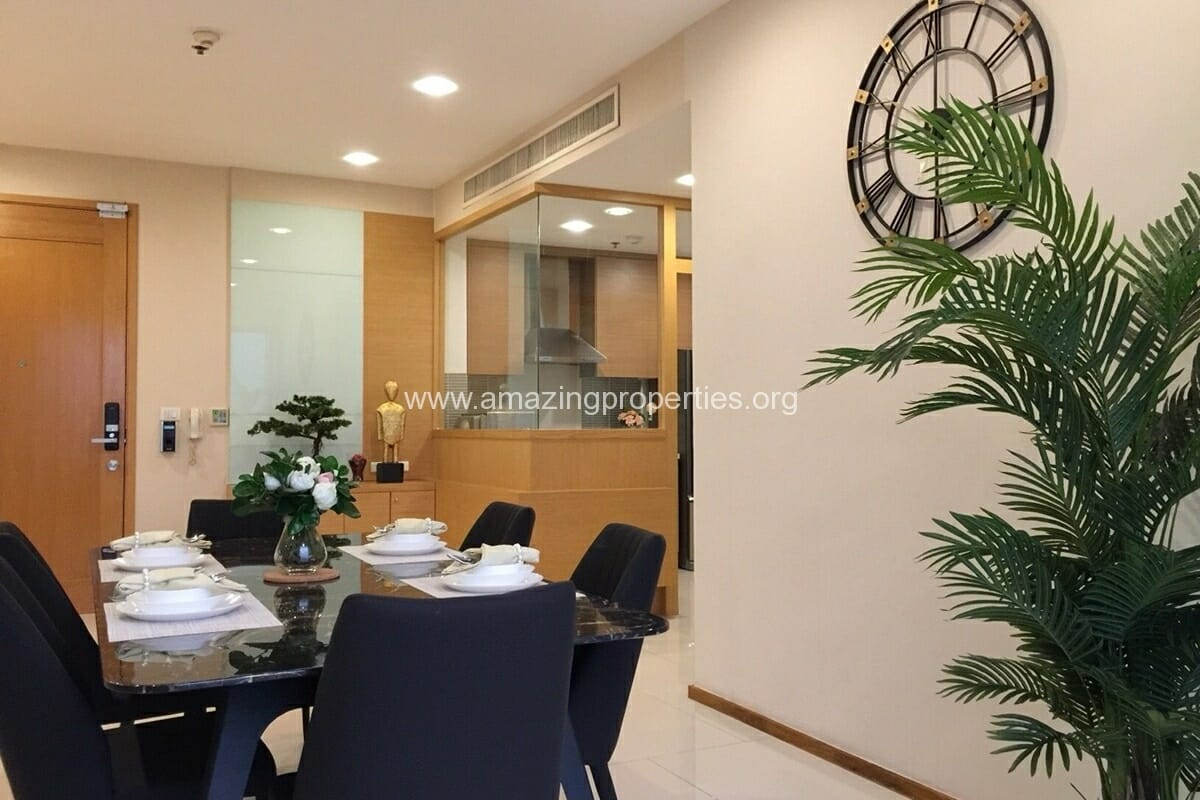 4 Bedroom Condo for Rent Emporio Place (8)