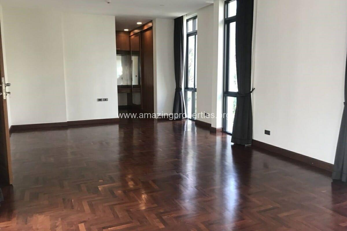 4 Bedroom House Phrom Phong-20