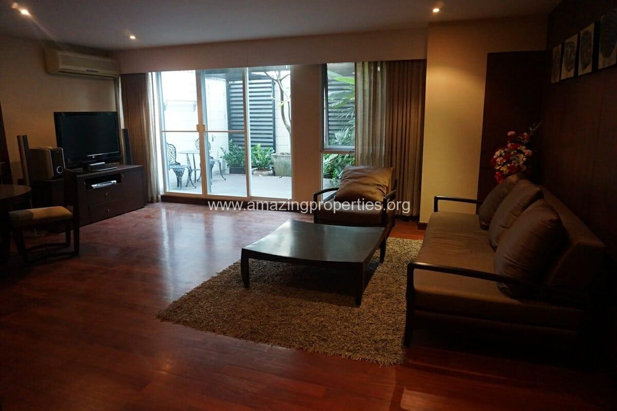 Duplex 1 bedroom condo Urbana Sukhumvit 15-4
