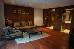 Duplex 1 bedroom condo Urbana Sukhumvit 15