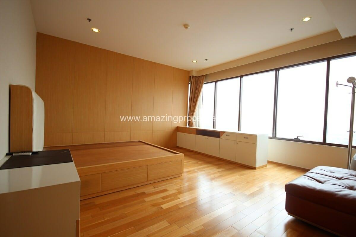 Emporio Place 4 bedroom condo-11