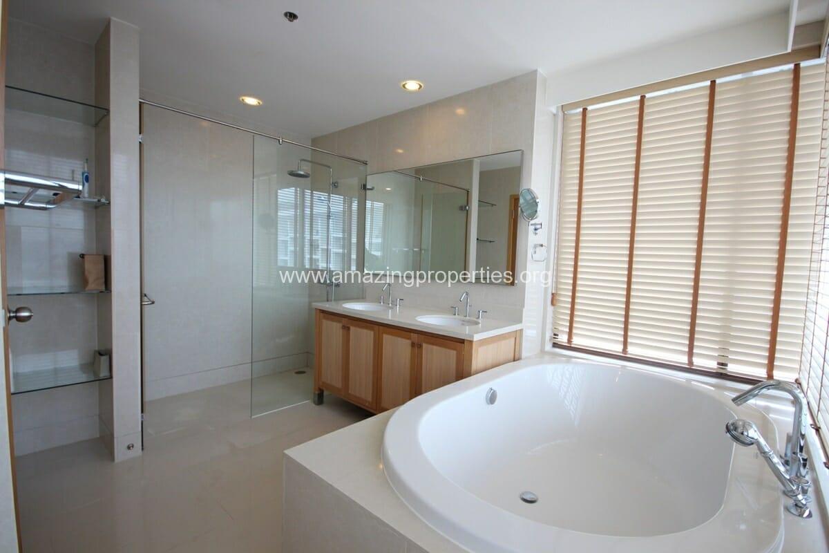 Emporio Place 4 bedroom condo-3