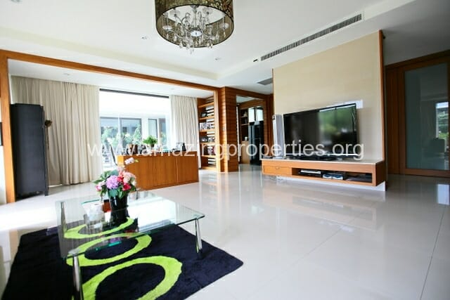 Luxury 8 bedroom House for Sale (41)