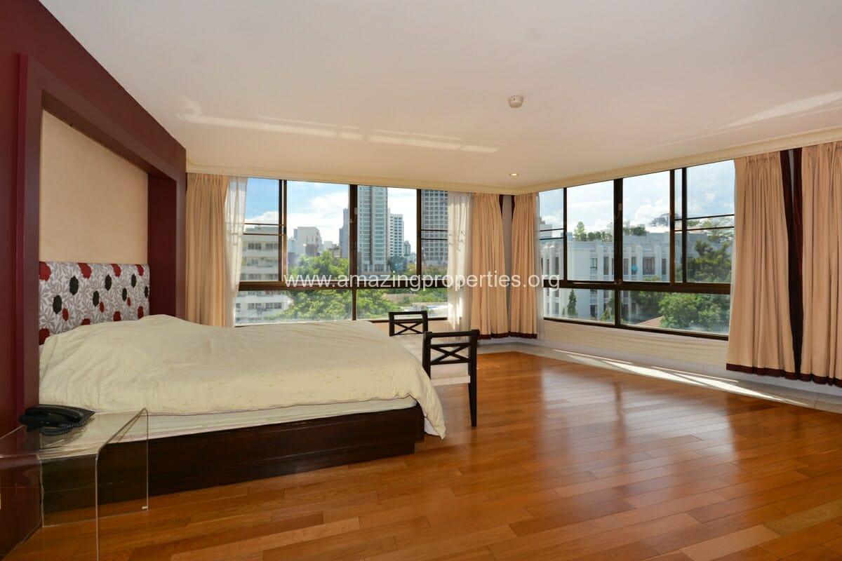 Prime Mansion Promsri 3 Bedroom Condo-5