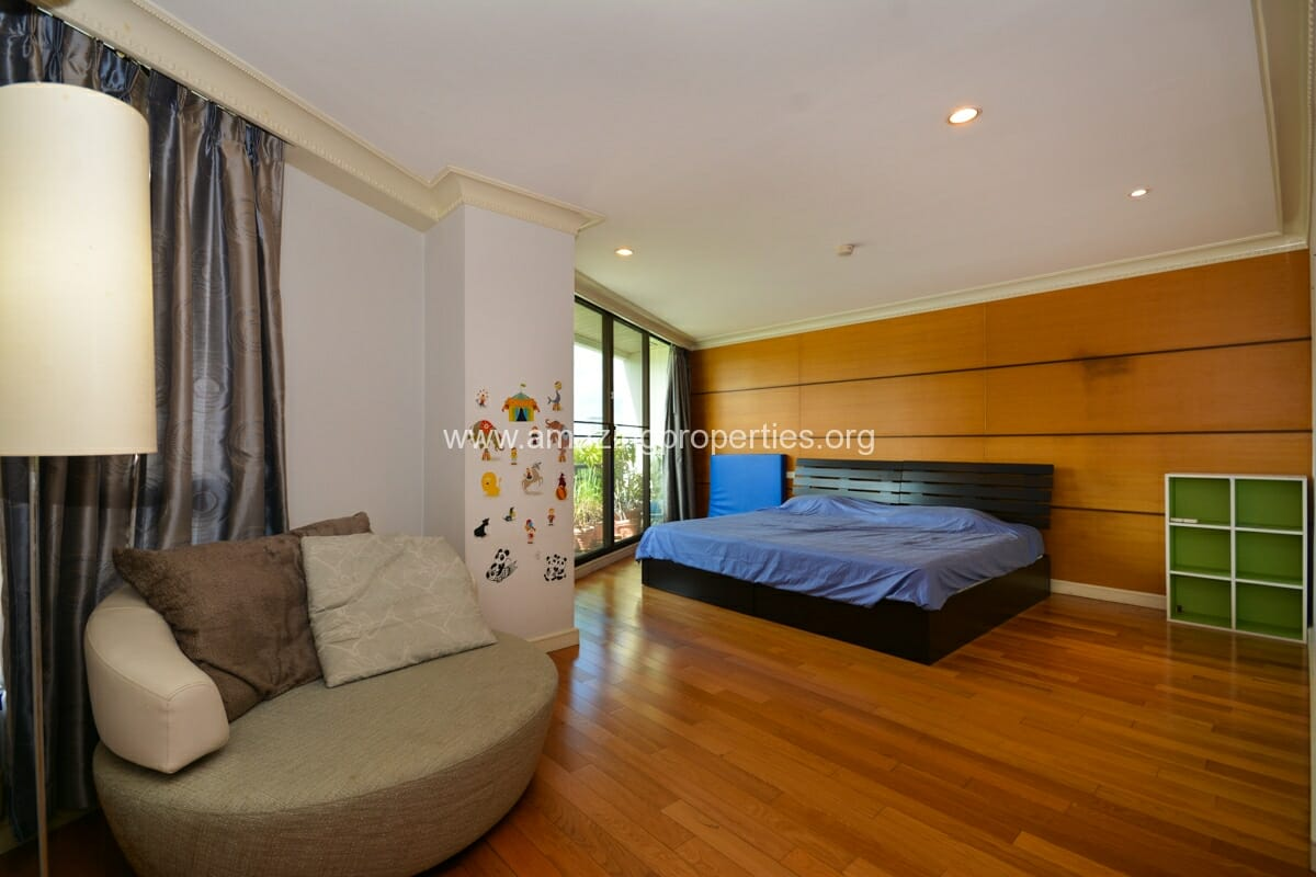 Prime Mansion Promsri 3 Bedroom Condo-7