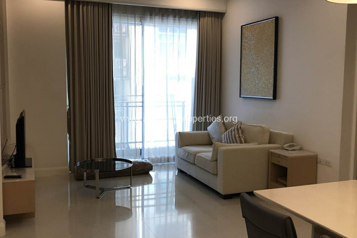Q Langsuan 2 bedroom condo