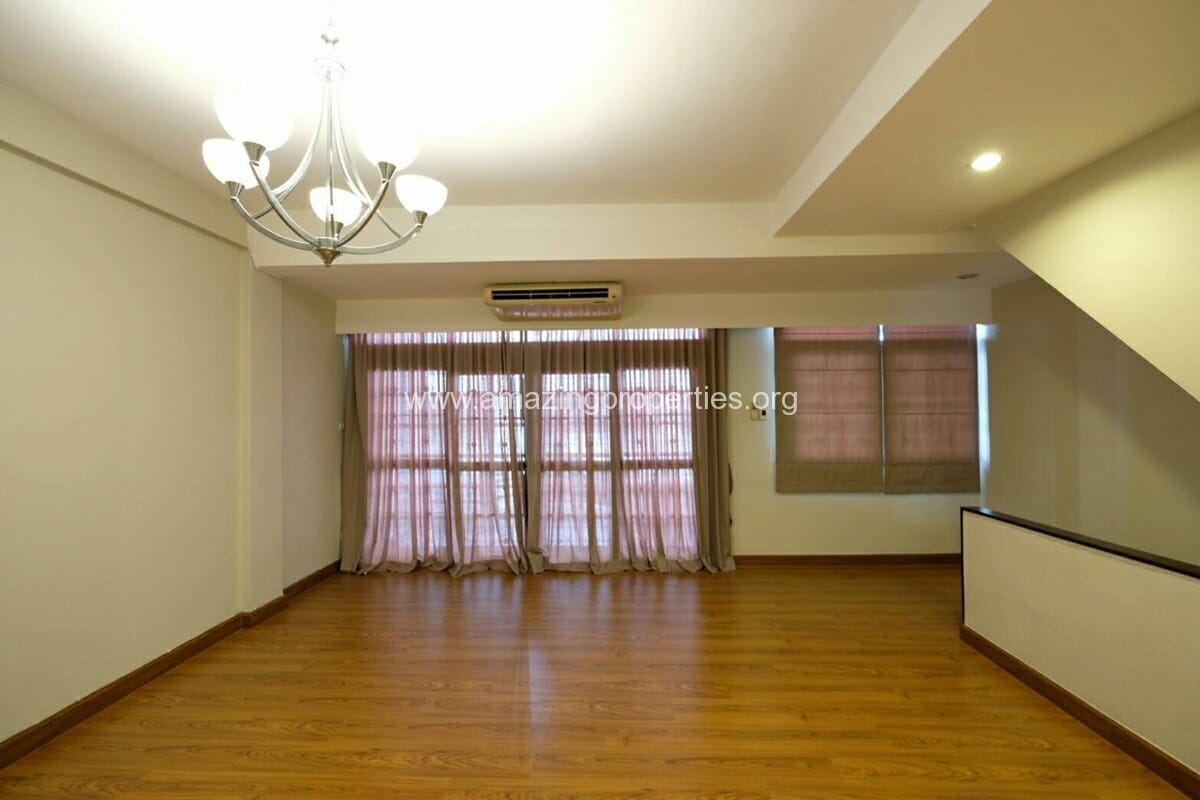 Thonglor 4 Bedroom Townhouse for Rent-15