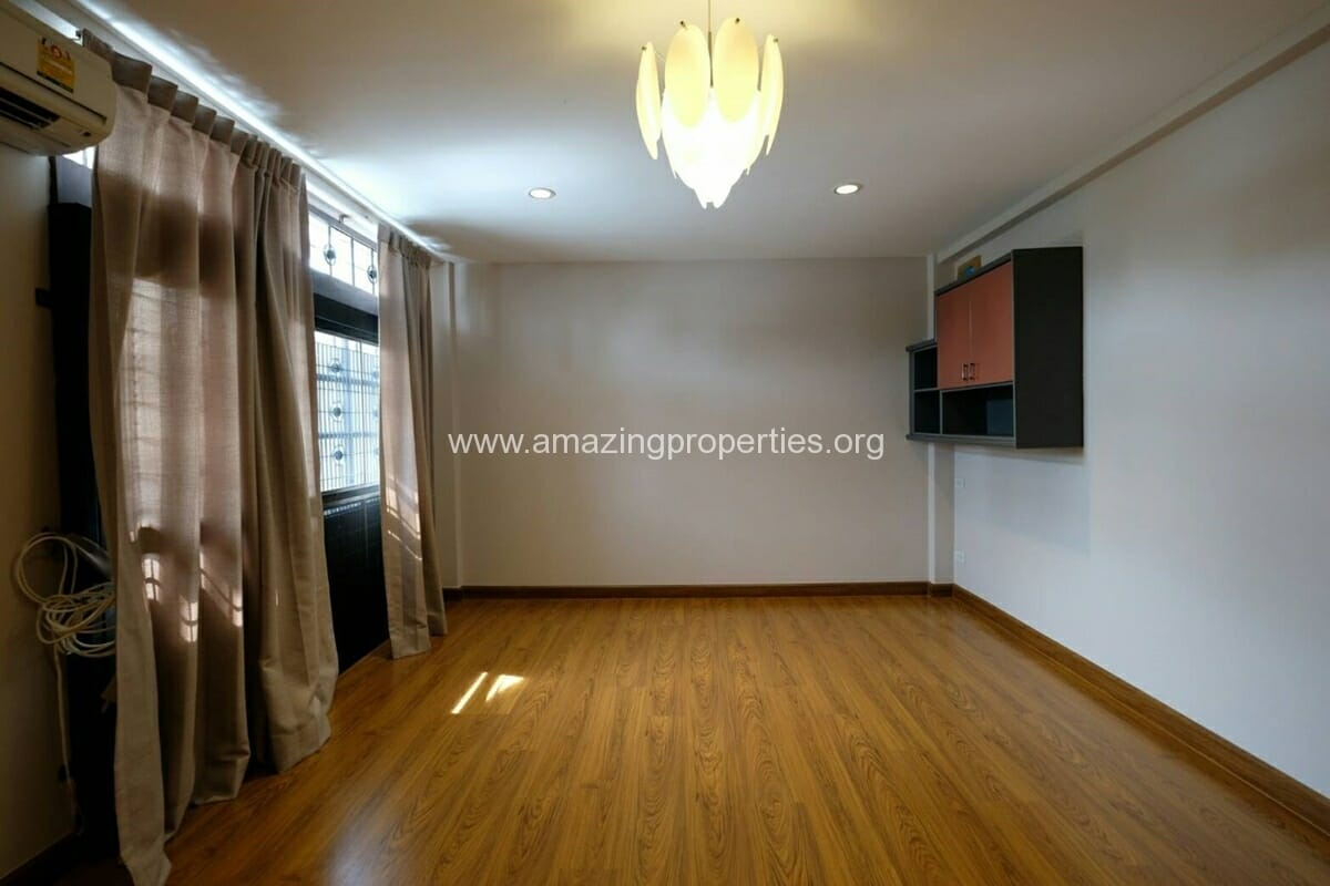Thonglor 4 Bedroom Townhouse for Rent-2