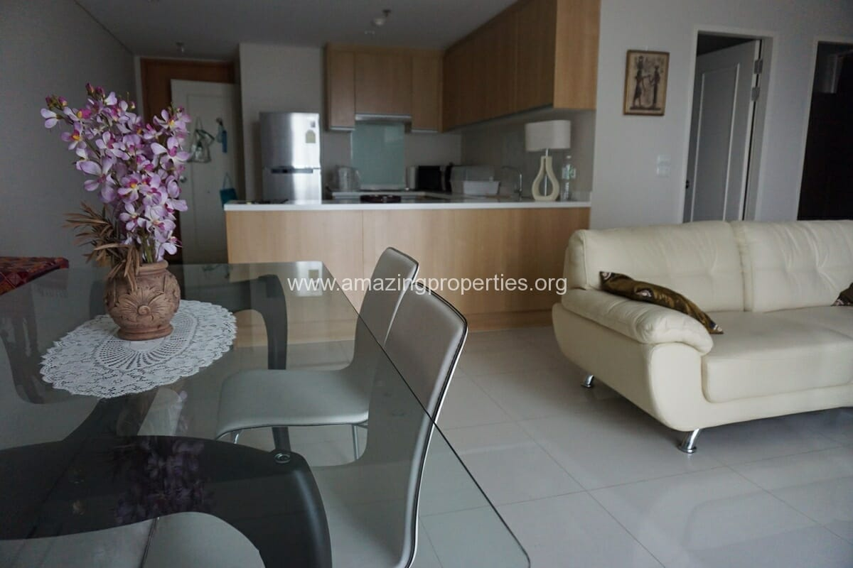 Villa Asoke 2 Bedroom Condo