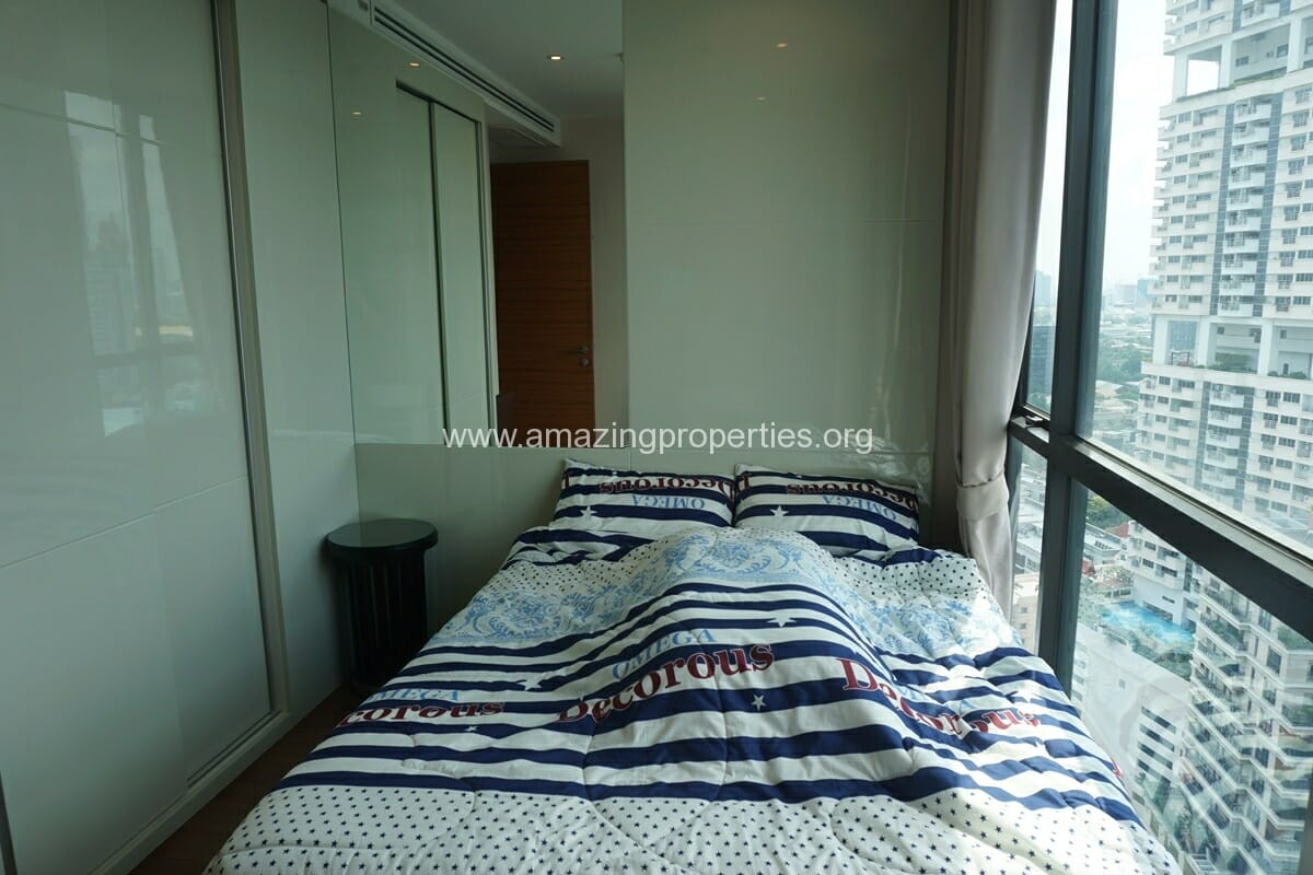 2 Bedroom condo for Sale The Address Sukhumvit 28-18