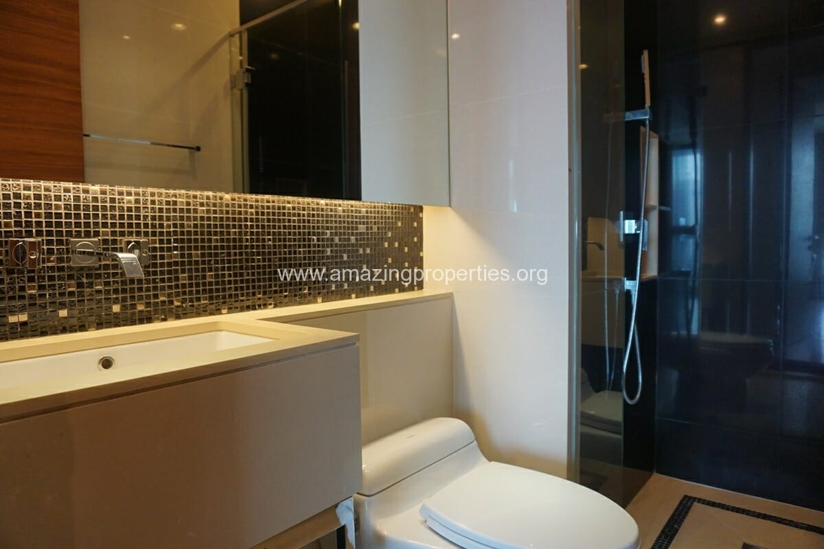 2 Bedroom condo for Sale The Address Sukhumvit 28-20