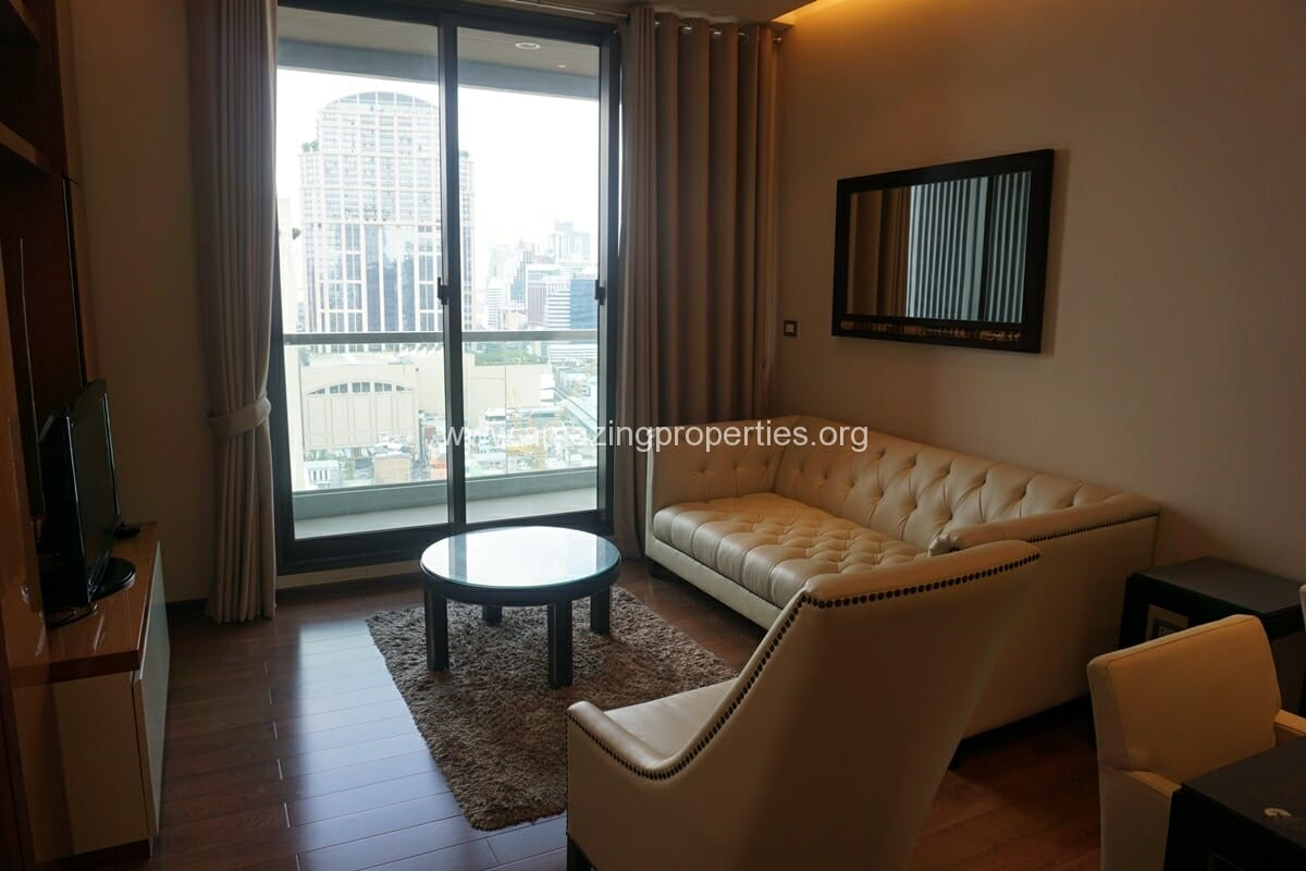 2 Bedroom condo for Sale The Address Sukhumvit 28-9