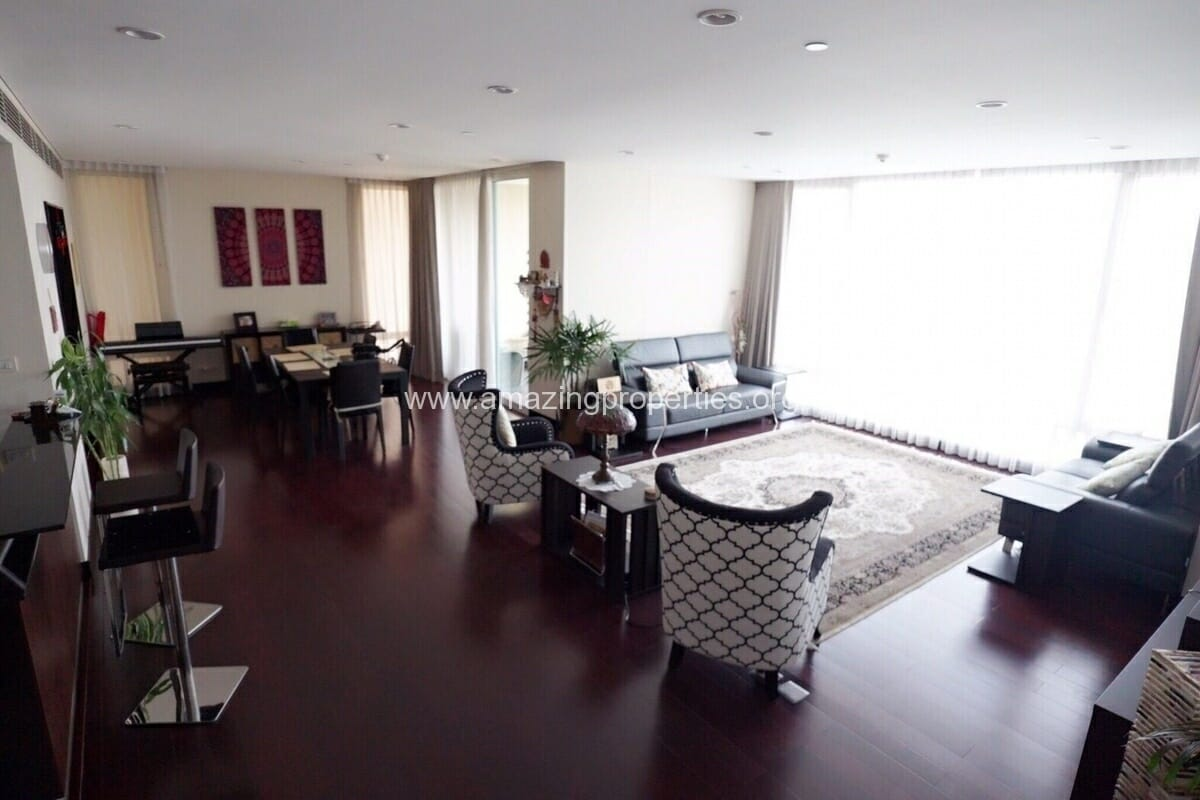 3 Bedroom Condo The Park Chidlom