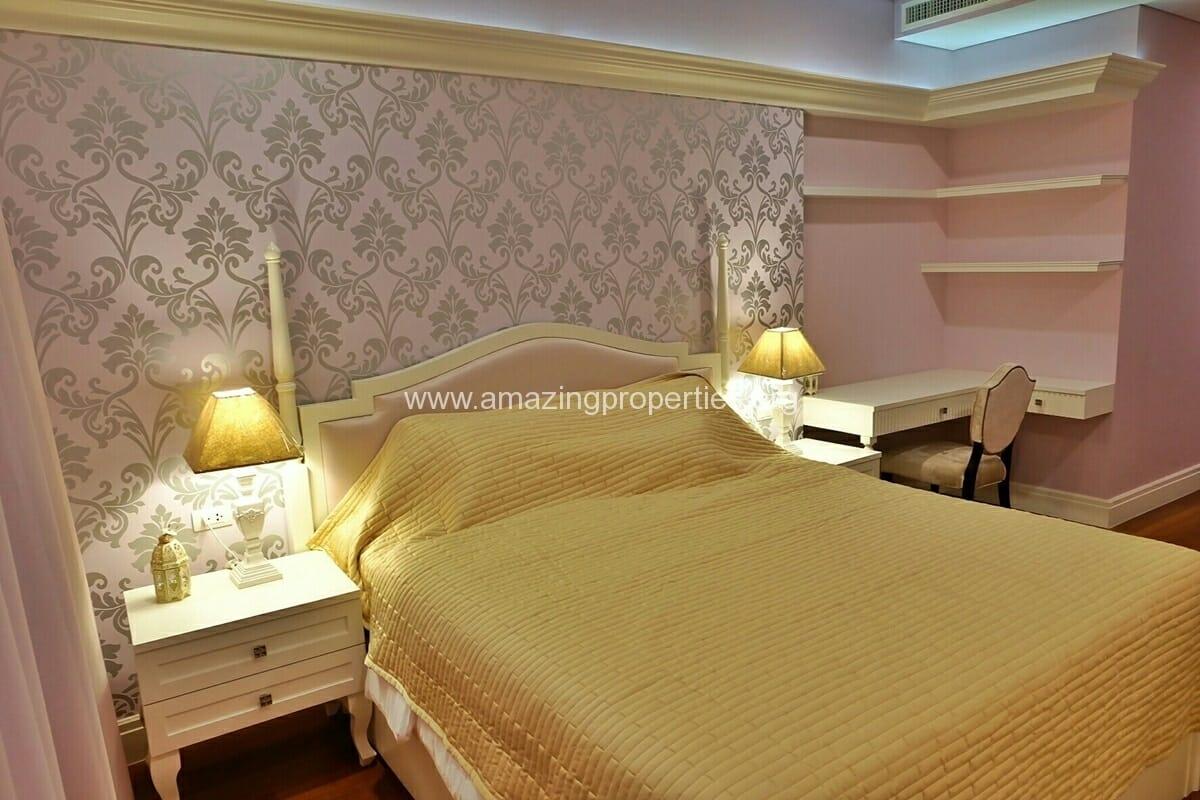 3 Bedroom Duplex The Bright sukhumvit 24-1