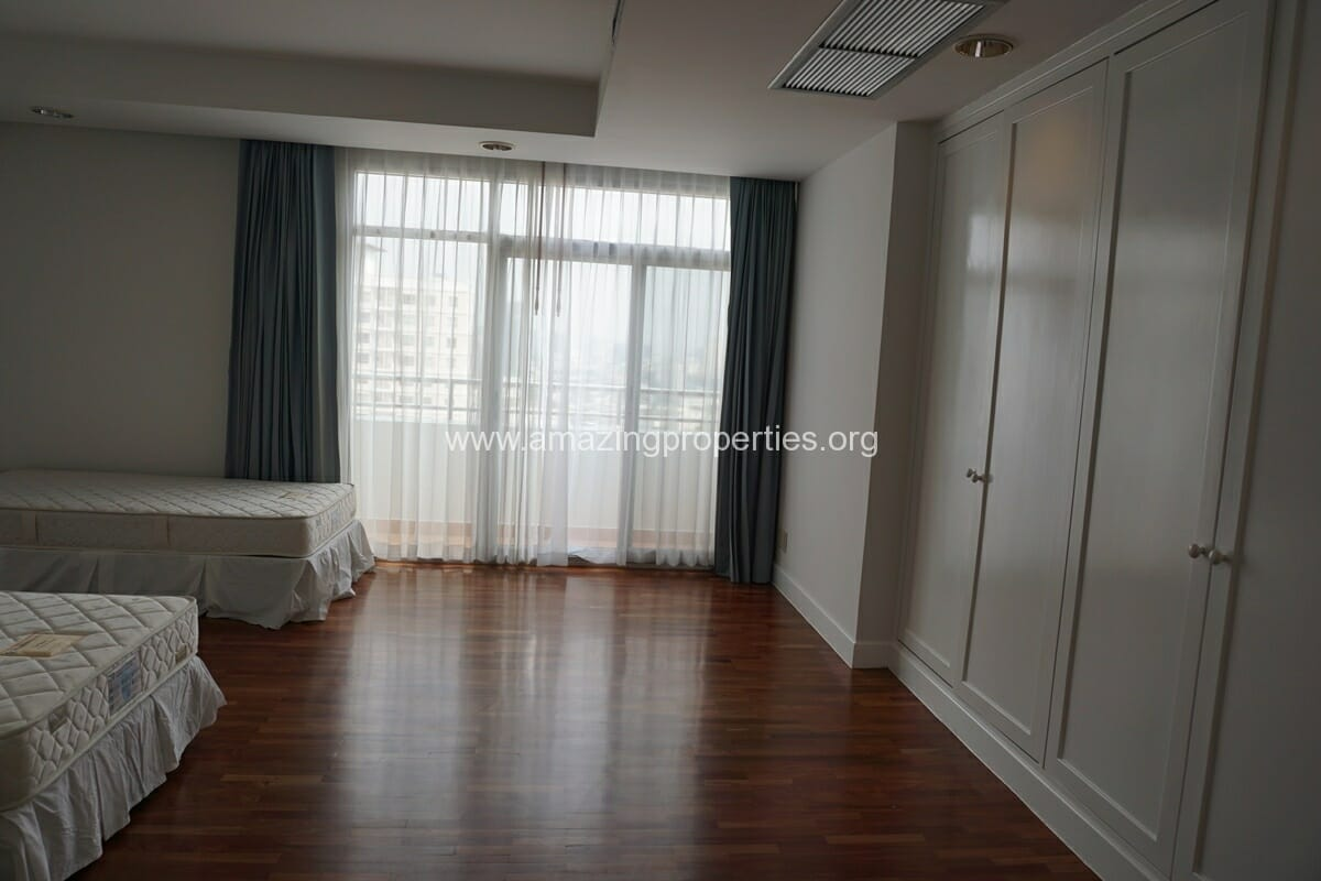 3 Bedroom Penthouse Phrom Phong-11