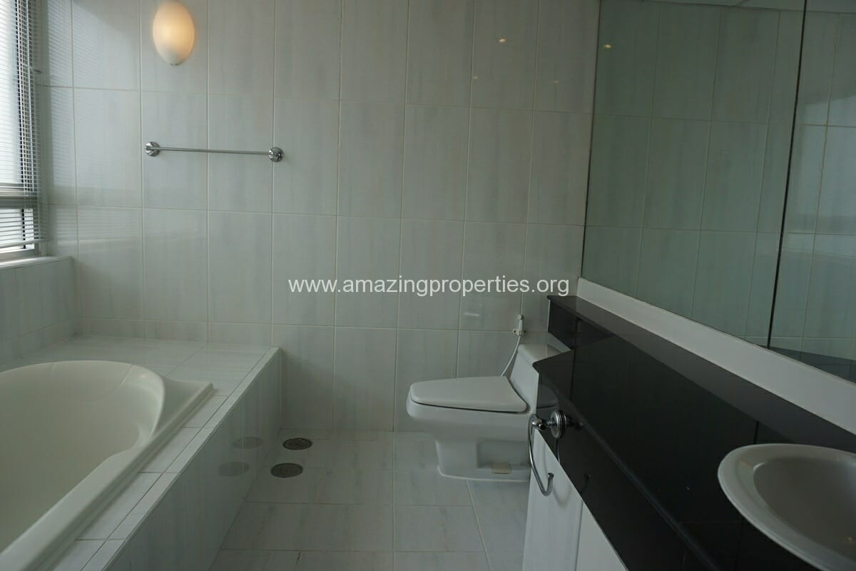 3 Bedroom Penthouse Phrom Phong-18
