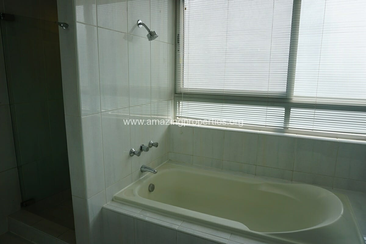 3 Bedroom Penthouse Phrom Phong-19