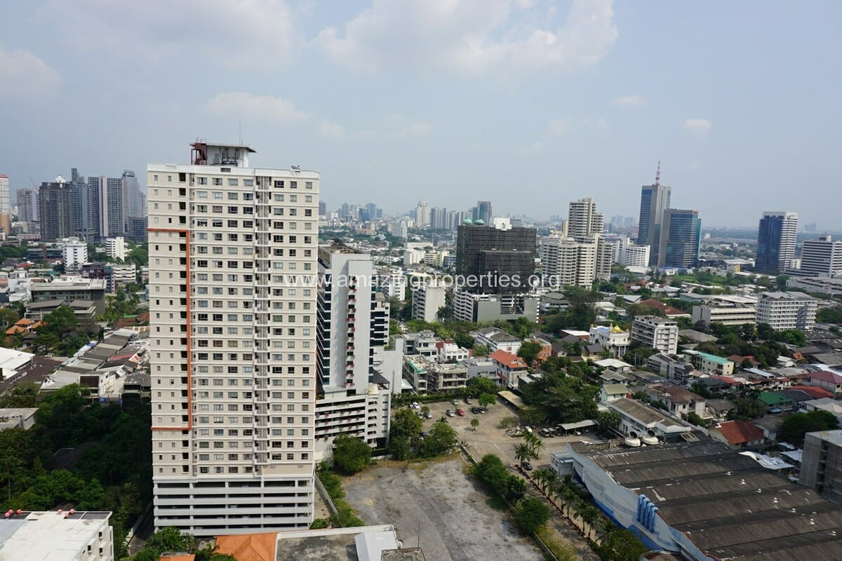 3 Bedroom Penthouse Phrom Phong-6