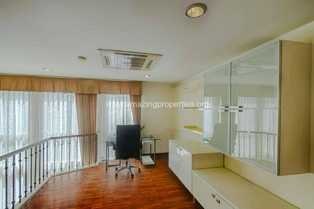 Baan Klang Krung Thonglor 3 bedroom house for rent-5