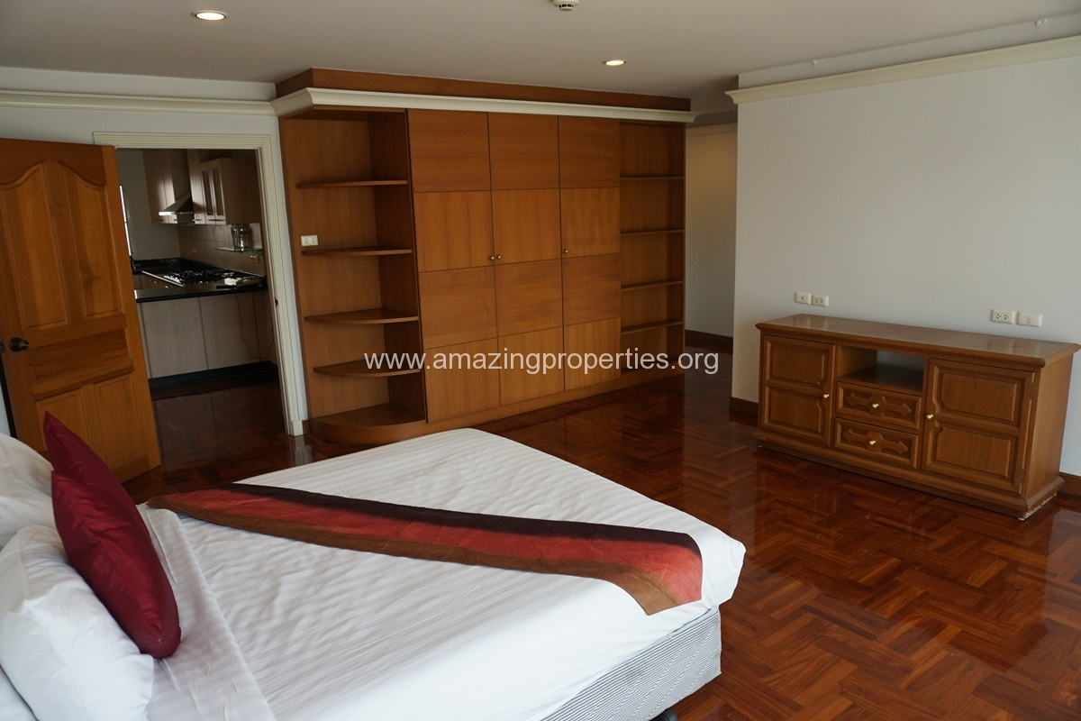 Chaidee Mansion 2 Bedroom Apartment for Rent-10