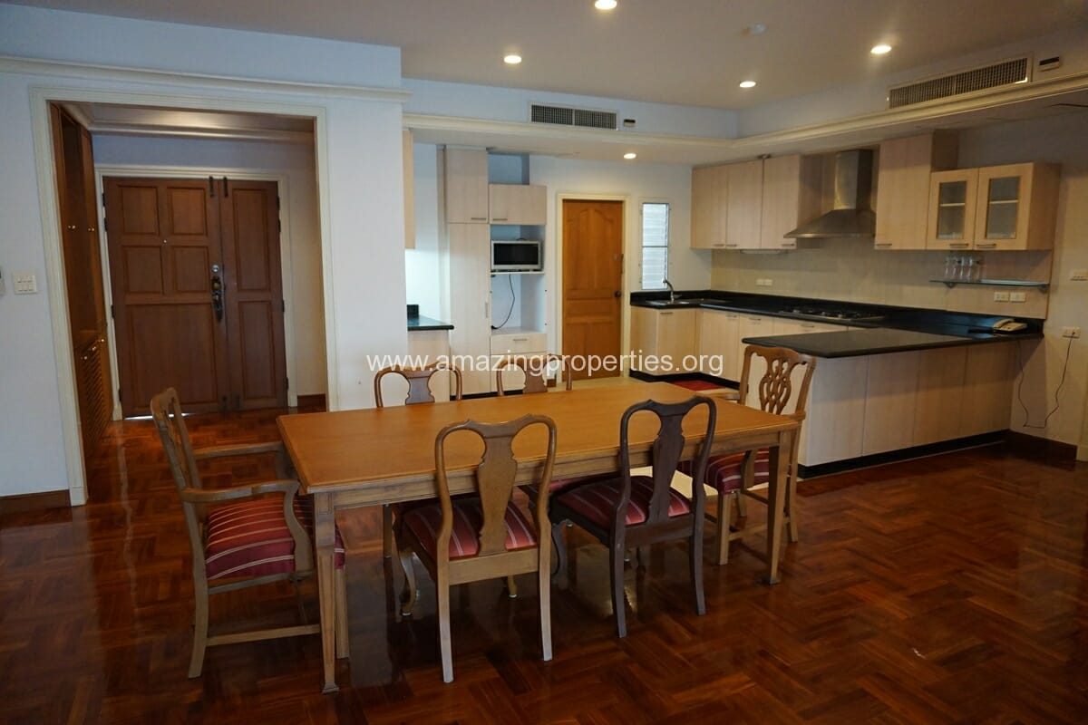 Chaidee Mansion 2 Bedroom Apartment for Rent-3