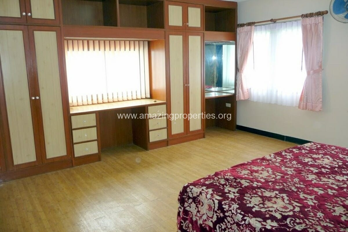 Phrom Phong 3 Bedroom House-18