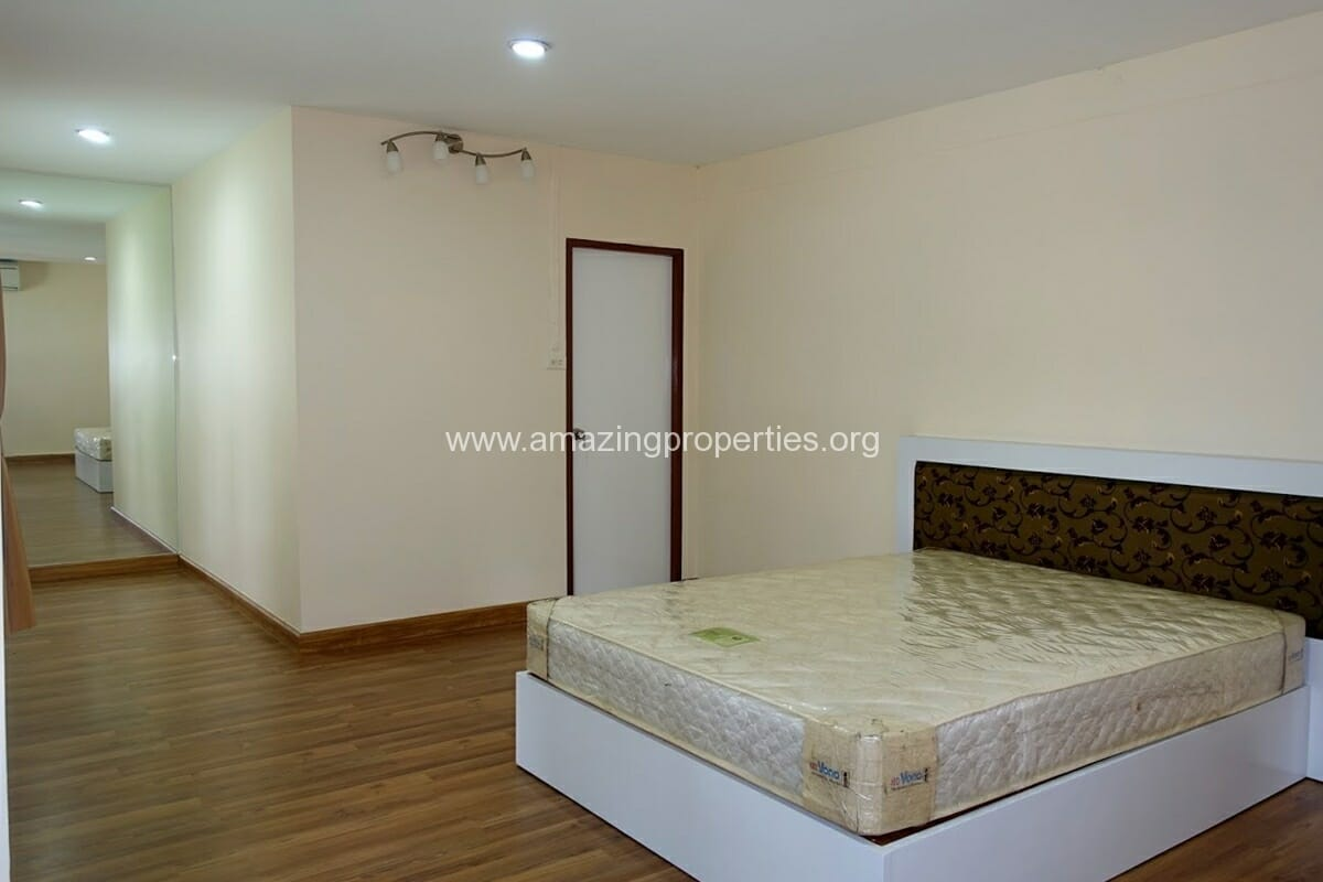 Phrom Phong 3 Bedroom House-8