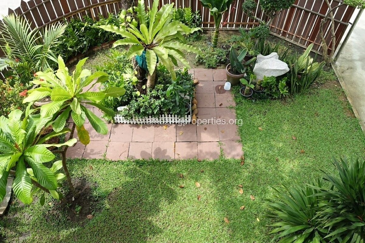 Phrom Phong 3 Bedroom House-9