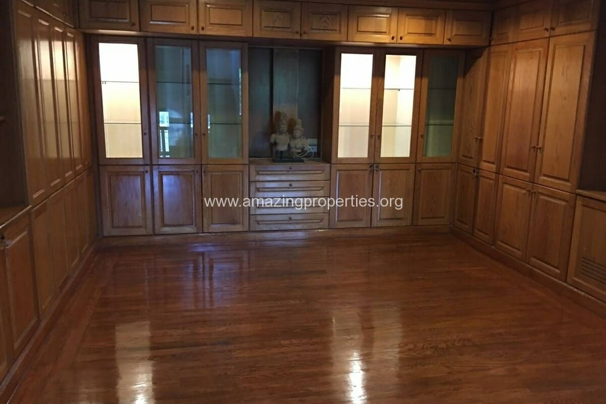 Thonglor 4 Bedroom House for Rent-10