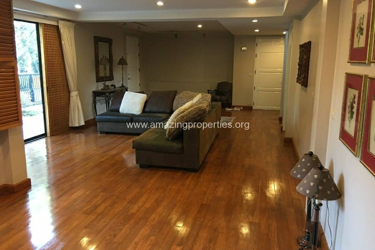 Thonglor 4 Bedroom House for Rent-11