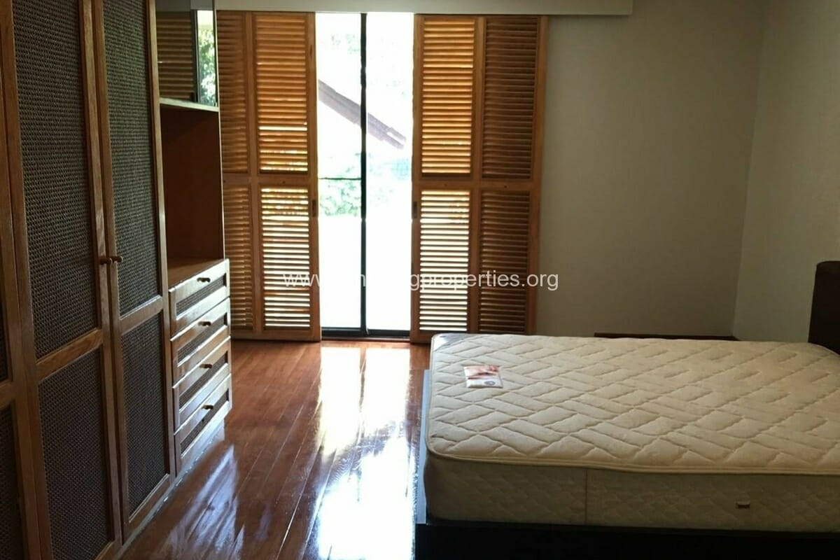 Thonglor 4 Bedroom House for Rent-6