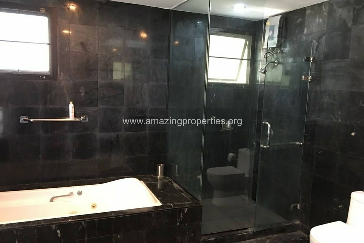 Thonglor 4 Bedroom House for Rent-7