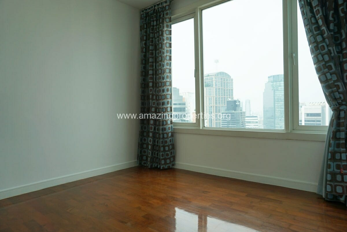 4 Bedroom Duplex Penthouse Phrom Phong-14