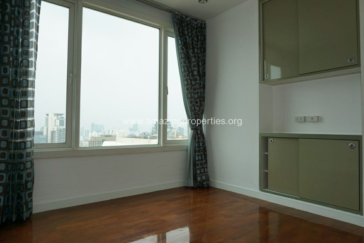 4 Bedroom Duplex Penthouse Phrom Phong-15