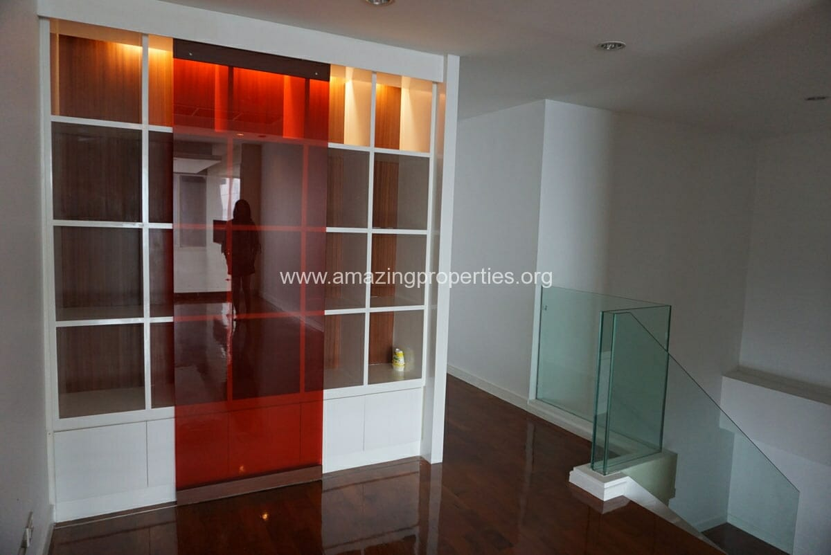 4 Bedroom Duplex Penthouse Phrom Phong-17