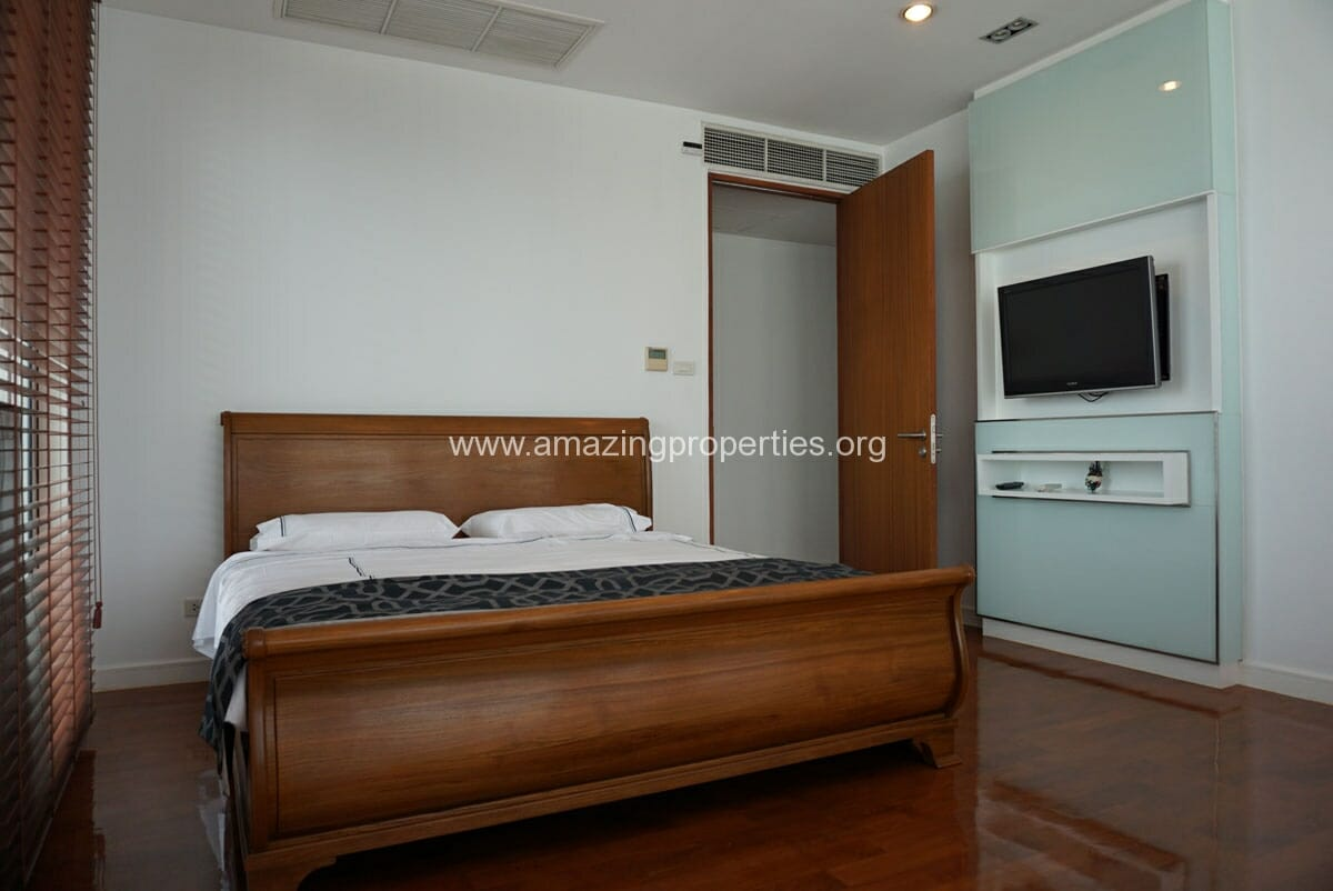 4 Bedroom Duplex Penthouse Phrom Phong-19
