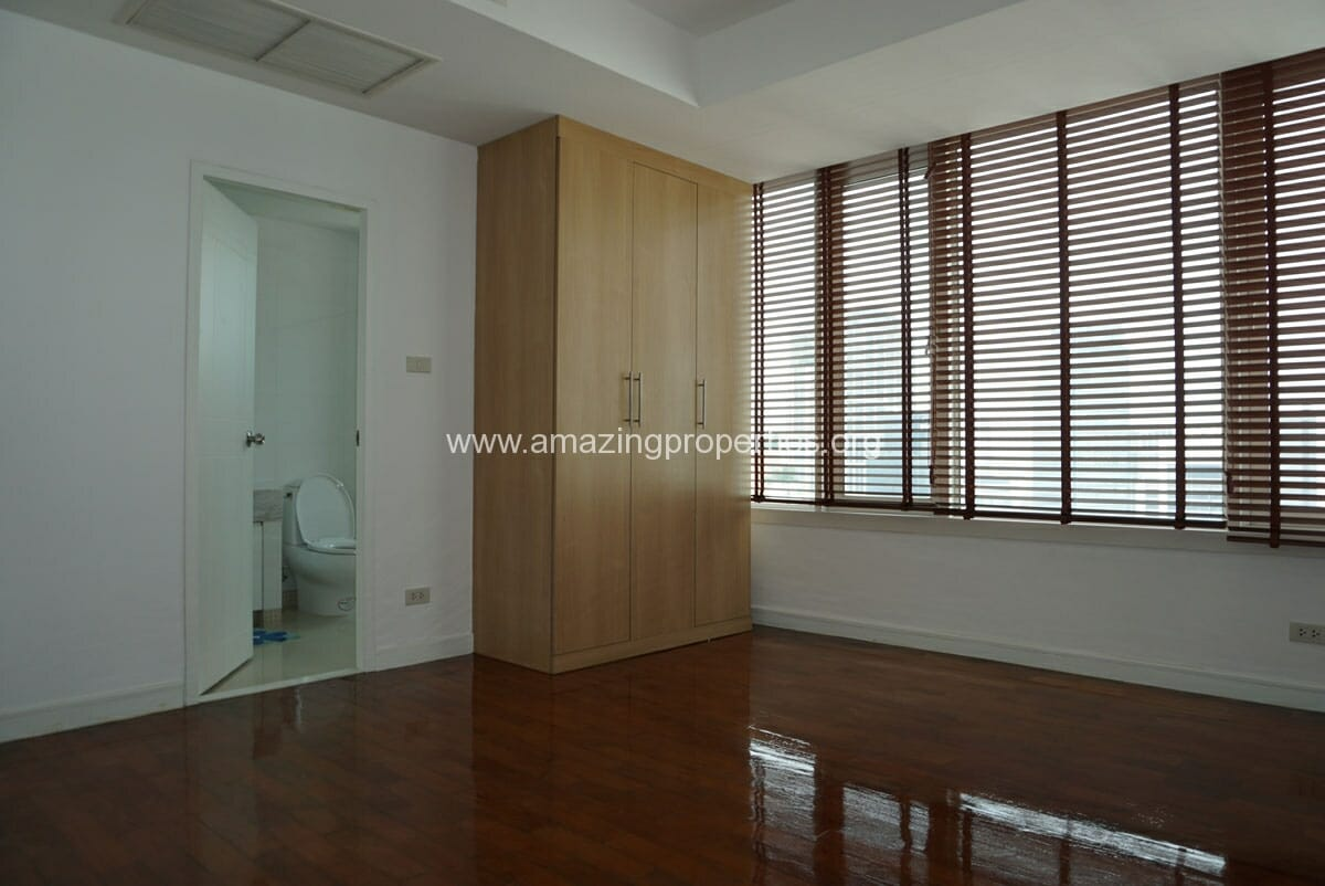 4 Bedroom Duplex Penthouse Phrom Phong-6