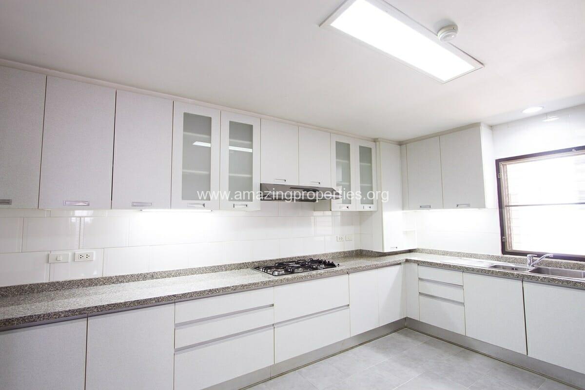 Apartment Sethiwan Palace Sukhumvit 4-5